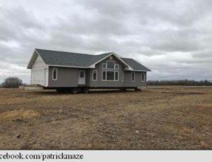 Canada: Un fermier s-a trezit cu o casă pe terenul său